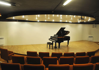 location salle de concert auditorium paris piano queue cit internationale des arts. Black Bedroom Furniture Sets. Home Design Ideas